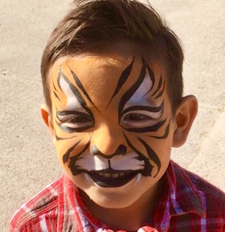 Tiger-Face-Painting